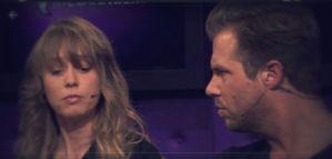 Thijs luistert aandachtig naar Tessa