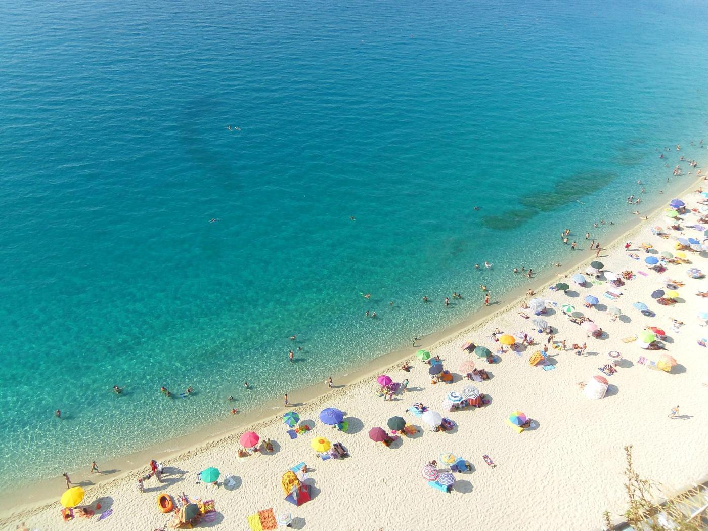 Het aanlokkelijke strand van Tropea.