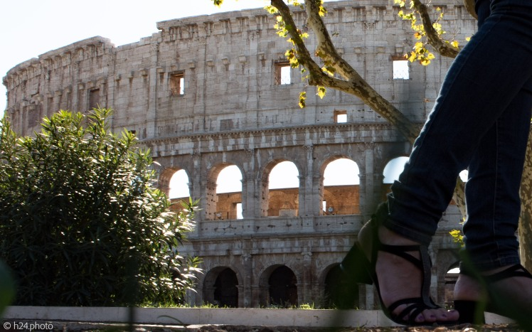 Het Colosseum voorbij - met dank aan fotografe Mariëlle van der Marel.