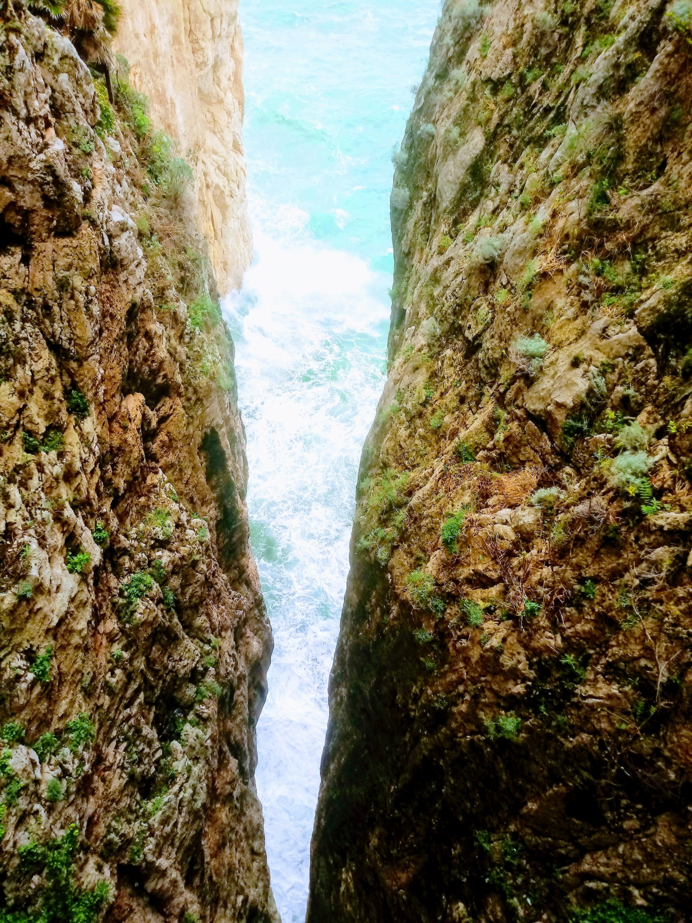 De gespleten berg van Gaeta