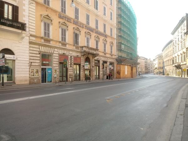 Een lege Corso Vittorio zien we hopelijk nooit meer terug.
